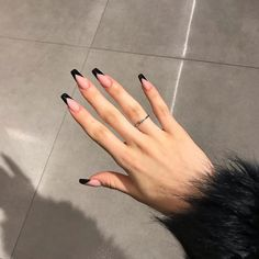 french nail styles which are popular on ins - ibaz Acrylic Nails Coffin Short, Square Acrylic Nails, Simple Acrylic Nails, Fall Acrylic Nails, Colored Acrylic Nails, Coffin Shape Nails, Edgy Nails, Grunge Nails, Stylish Nails