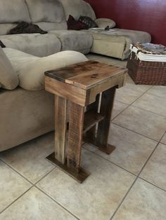 My dad wanted a little side table, I had some time, and pallet scraps....
