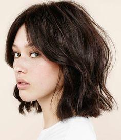 Découvrez les dernières tendances pour une jolie coupe de cheveux femme avec notre article, plein d'idées originales et multiples. On va commencer par les stars.
