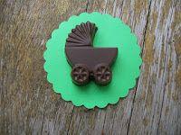 Carrinho bebê de chocolate / Lembrancinhas Personalizadas de CHOCOLATE    ...s_giroldo@hotmail.com / 11 99601.5232