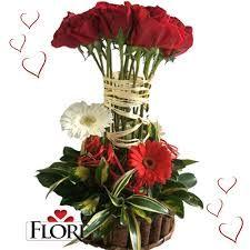 Resultado de imagen para arreglos florales de amor grandes