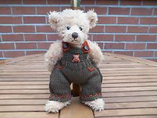 BN TEDDY CLOTHES, HAND KNITTED BEAR DUNGAREES TO FIT 11 TO 12 INCH BEAR
