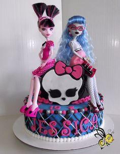 Monster High cake for the little sister