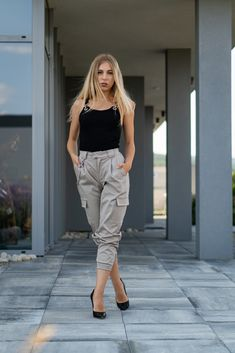 Cargo Pants, Parachute Pants, Beige, Silver, Collection, Fashion, Moda, Fashion Styles, Fashion Illustrations