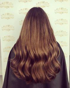 Big Hair Dont Care  @laurenblackwood_  Lauren Wears Full Head Of Our Luxury Collection In Colours #4 & #6   Shop Our Collection Online Via Link In Bio #imallaboutdahair #hairextensionuk #hairoftheday #hairinspo #haironfleek #salonlife #hairofinstagram #behindthechair #hairfashion #hairenvy #instahair #hairgoals #hairextensionspecialist #modernsalon #hairextensionsupply #hairblog #hairlife #UK #hairfashion #hairextensions #manegoals #manenvy #GOALS #summerhair #summer2018 #brunette #brunettegirl