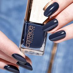 The best kind of Monday blues. Nail Lacquer C01 Dark Denim Blue from our Limited Edition Denim Devine. Check the hashtag #denimdivine for more inspiration. #limitededition #catrice #cosmetics #manicuremonday #nails2inspire #nailpolish #blue #colour #denim #manicure #naillacquer #mani #catricecosmetics #manimonday #nailstagram This Limited Edition will be available in Germany, Austria, Switzerland, Bosnia, Bulgaria, Croatia, Czech Republic, Hungary, Slovenia, Russia, Ireland, The…