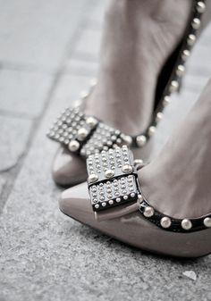 Pearls, studs and bows....My perfect shoe!