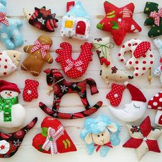 Christmas Tree Toy, Diy Christmas Ornaments, Homemade Christmas, Christmas Holidays, Handmade Ornaments, Felt Ornaments, Handmade Toys, Felt Crafts, Diy And Crafts