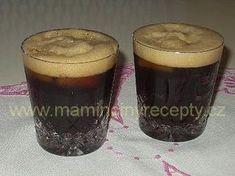 Osvěžující studená káva Pint Glass, Beer, Glasses, Tableware, Drink, Food, Root Beer, Eyewear, Ale