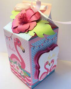 Creamos piezas personalizadas con el tema de tu preferencia para hacer de tu fiesta una experiencia inolvidable con destalles únicos y espectaculares. #flamingo #flamingoparty #fiestainfantil #birthdayparty #pink #gold #flamingos #PARTYDESING #partyideas #flamencos #partytheme #diyparty #handmadedecorations #flamingle #comunidaddv #mesadedulces #PAPELERIAPERSONALIZADA #diseñovenezolano #caracas #venezuela #piñatas #papeleriacreativa #paramamá