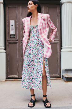 Moda Zara, Vestidos Zara, Couture Mode, Couture Fashion, Zara Fashion, Fashion Outfits, Zara Mode, Different Dresses, Material Girls