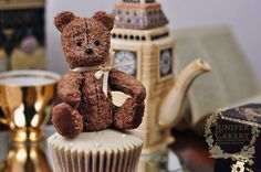 Teddy Bear Picnic: 5 Adorably Fun Teddy Bear Cakes and Cupcakes