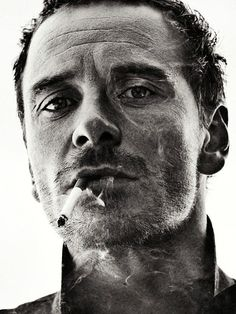 Michael Fassbender for 'Interview' magazine - December 2012 - Photography by Sebastian Kim People Smoking, Man Smoking, Black And White Portraits, Black And White Photography, Sebastian Kim, Tilda Swinton, Celebrity Portraits, Actors, Looks Cool
