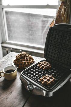 breakfast waffles//