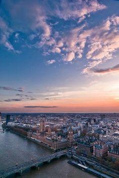 ☼ London