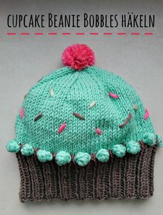 Wie häkelt man die Cupcake Beanie bobbles? Wir zeigens dir im Video! How to crochet those bobbles, see it on our video. schoenstricken.de