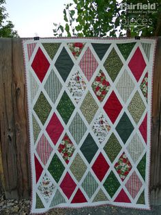 Pieces by Polly: Anne of Green Gables Christmas Quilt - Free Pattern