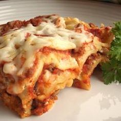 Simply Traditional Lasagna Allrecipes.com    This is absolutely the best, easy lasagna recipe recipe ever! A Keeper Recipe in the Stauffer household!