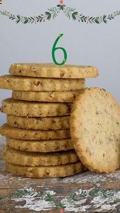 Biscoito de nozes bem amanteigado, daqueles que desmancha na boca! Four, Biscuits, Food And Drink, Cooking, Desserts, Christmas, Homemade Crackers, Drop Cookie Recipes, Bake Sale Cookies