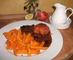 Paupiettes de porc sauce moutarde cidre pruneaux d'Agen avec les carottes beurre thym citron