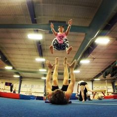 Chair pops with the always incredible @spartan_jf :) #AcroRevolution #Ottawa #AcroyogaOttawa #SmileyOm #Yoga #Dynamic #DynamicDuo #Pops #Acroyoga #Acrobatics #PartnerAcrobatics #Trust #Fly #AirTime #MidAir #Icarian #Fun #Focus #Calisthenics #Strength #Fitness #Exercise #FlyHigh #AcroEverywhere #OttawaYoga #Yoga #PartnerYoga