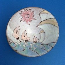 A Tessa Fuchs (1936 - 2012) Dover Cliffs Art Pottery Bowl - OnlineGalleries.com