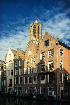 Nieuw in mijn Werk aan de Muur shop: De Dom in Utrecht vanaf de werf van de Lijnmarkt in kleur (1)