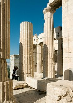 View to the northwest through the columns of the Propylaea Ancient Greek Architecture, Ancient Buildings, Classical Architecture, Art And Architecture, Greece Trip, Greece Travel, Hellenistic Period, Greek Art, Stone Work