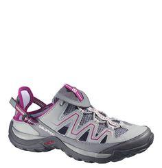 #SALOMON #Trekking-Sandalen #IGUANO #W, #schnelltrocknend, #atmungsaktiv, für #Damen - Diese sportiven Trekking-Sandalen für Damen von SALOMON begeistern mit der schnelltrocknenden, schmutzabweisenden und atmungsaktiven Funktionalität. Für einen sicheren und festen Schritt sorgen die Contragrip Sohle, die synthetische Zehenkappe sowie die Fersenriemen. Zusätzliche Highlights der funktionalen Trekkingschuhe stellen die Schnürsenkeltasche, die umklappbare Ferse sowie das QUICKLACE…