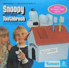 Snoopy Toothbrush I loved this so much, I think I brushed my teeth 5 times a day Childhood Toys, Childhood Memories, Snoopy Toys, Baby Snoopy, Pokemon, 80s Kids, I Remember When, Teenage Years, Great Memories