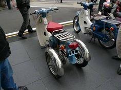 Alte Cub, umgebaut als Trike, Japan. Ich liebe Eigenbauten!