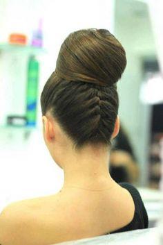 tepeden topuz modelleri #sacmodelleri #moda #daginiktopuzmodelleri #orgulutopuz #enguzeltopuzmodelleri #sacmodasi #hairstyle