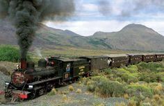 La mítica máquina ubicada en Esquel, Chubut, es también conocida como El Viejo Expreso Patagónico y el próximo lunes se celebrará el 70 anivesario de su primer viaje.