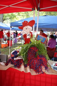 The Grove Ole Miss Tailgating, Ole Miss Football, Tailgating Ideas, Football Stuff, Graduation Party Planning, Graduation Party Decor, Grad Parties, Football Parties, Tailgate Decorations