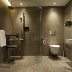 5 top tips for a 'carer-friendly' accessible bathroom