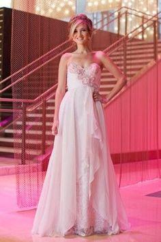 Sarah Darling in Mac Duggal 78550M at The 2012 Grammy Awards