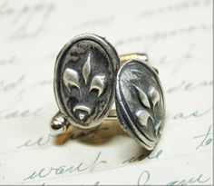 Antique Wax Seal Fleur De Lys Cufflinks by PiecesOfIl