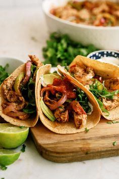 If you are looking for a super simple and tasty dinner recipe, baked chicken fajitas is it! Your favorite fajitas, without all of the work. Delicious Dinner Recipes, Lunch Recipes, Mexican Food Recipes, Beef Recipes, Chicken Recipes, Healthy Recipes, Ethnic Recipes, Yummy Recipes, Yummy Food