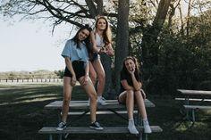 best friends! my pic pls give credit!  Instagram: hannah_meloche Pinterest: hannahmeloche