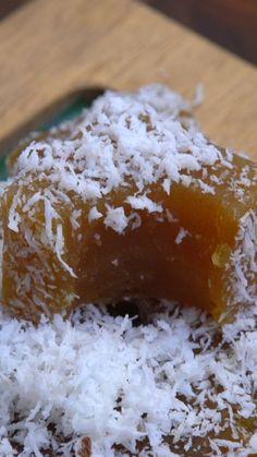 Fruit Smoothie Recipes, Snack Recipes, Dessert Recipes, Cooking Recipes, Indonesian Desserts, Asian Desserts, Cooking Cake, Easy Cooking, Sweet Potato Balls Recipe