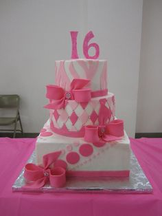 - Sweet 16 Cake Pretty in Pink Sweet Sixteen Cakes, Sweet 16 Cakes, Sweet Sixteen Parties, Cute Cakes, Sweet 16 Birthday Cake, Birthday Cake Girls, Birthday Cakes, 16th Birthday, Beautiful Cakes