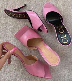 Shoe Boots, Shoes Heels, Pumps, Gucci Shoes, Pink Shoes, Versace Shoes, Cute Shoes, Me Too Shoes, Aesthetic Shoes