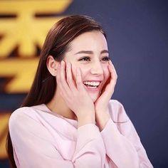 #dear迪丽热巴 #迪丽热巴 #dilireba #diliraba #direba #diraba #dilraba #dilmurat #chinese #china #actress #super #model #supermodel #fashion  #cute #beautiful #cute #ambassador  #keeprunning #runningmanchina #runningman #surikbear #vogue #marieclaire #bazaar #graziamagazine