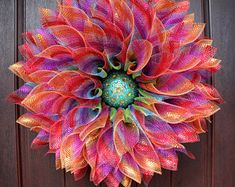 Ideas for flowers wreath design deco mesh Wreath Crafts, Diy Wreath, Tulle Wreath, Burlap Wreaths, Wreath Ideas, Easter Wreaths, Holiday Wreaths, Unique Front Doors, Sunflower Wreaths