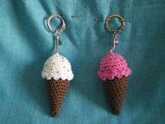 Mae Corner: Market Solidarity and III Crochet Food, Crochet Gifts, Cute Crochet, Crochet Baby, Knit Crochet, Crochet Keychain, Crochet Earrings, Crochet Designs, Crochet Patterns