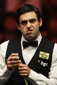 Ronnie O'Sullivan (aka: Rocket) - Snooker [ I think his master was Mr. Sport Bikes, Sport Cars, Funny Facial Expressions, Ronnie O'sullivan, Billiards Pool, Sporty Girls, Sport Fishing, Sport Photography, Sports Betting