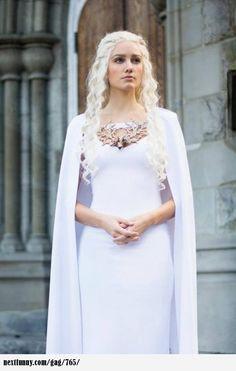 Daenerys Targaryen cosplay