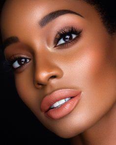 Make Up; Look; Make Up Looks; Make Up Augen; Make Up Prom;Make Up Face; Heavy Makeup, Dark Skin Makeup, Lip Makeup, Makeup Light, Makeup Geek, Makeup Emoji, Devil Makeup, Makeup Eraser, Makeup Eyebrows