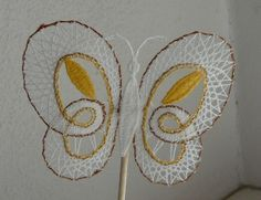 Lace Heart, Lace Jewelry, Lace Making, Bobbin Lace, String Art, Lace Detail, Butterfly, Inspiration, Bobbin Lacemaking