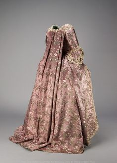 Robe à la française, 1760-70 From the Canadian Museum of History